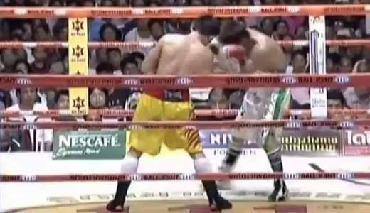 boxing-fight-of-the-year-sato-vs-srisaket-sor-rungvisai-video