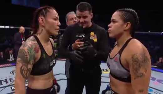 Photo of the fight Cris Cyborg Justino vs Amanda Nunes